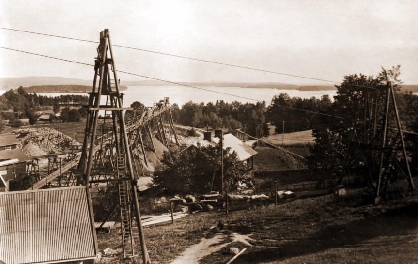 836 persberg med sjön ynsen 1918