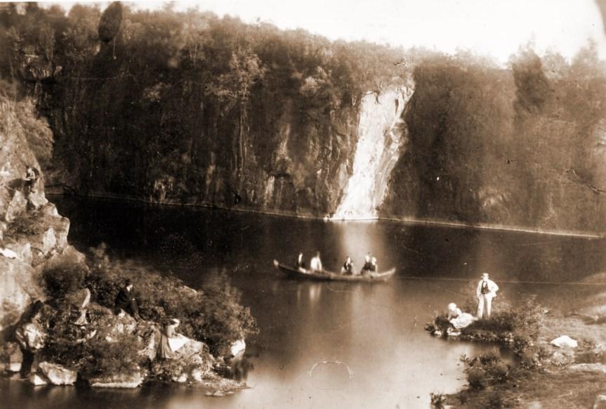 816 Nordmarks gruvor en gammal vattenfylld 1880