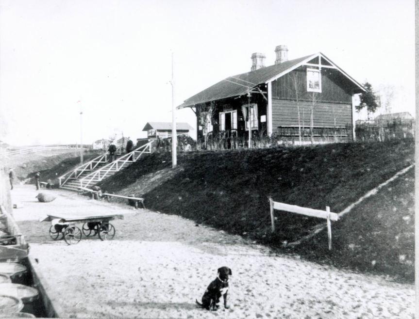 Råda Station