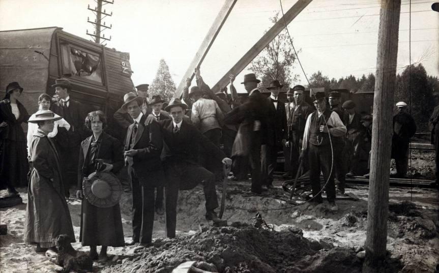 Tågurspårning 1917 .1.jpg
