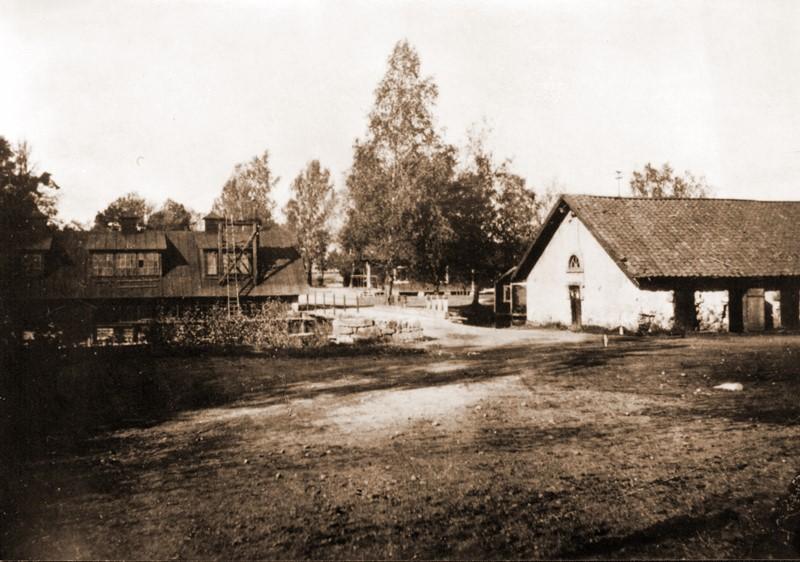 web_1245 Storfora beuk Tackjärnsboden 1911 t,v Spiksmrdjan 1954 .jpg